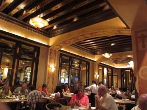 Grand Luxe Cafe - Venetian - Inside