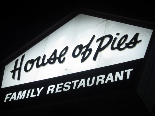 house of pies los feliz and griffith park have pies covered dinedelish. Black Bedroom Furniture Sets. Home Design Ideas