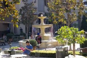 Bouchon - Montage Courtyard