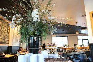 Kentro Greek Kitchen - Inside