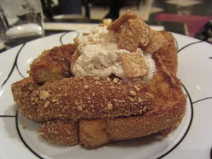 Society Cafe - Frosted Flakes French Toast