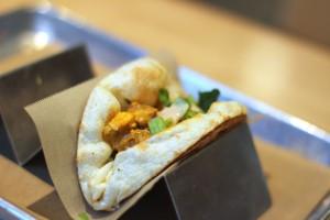 California Chutney - Naan Taco